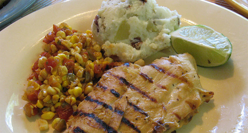 meal of grilled corn salsa